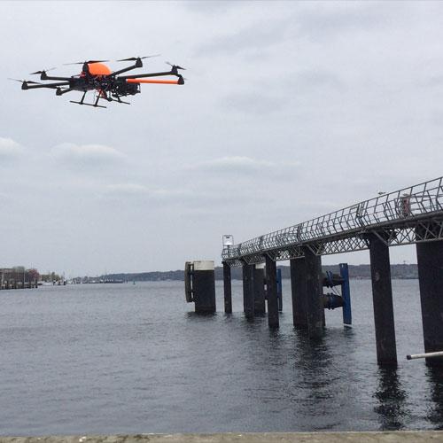 Drohne Hafen